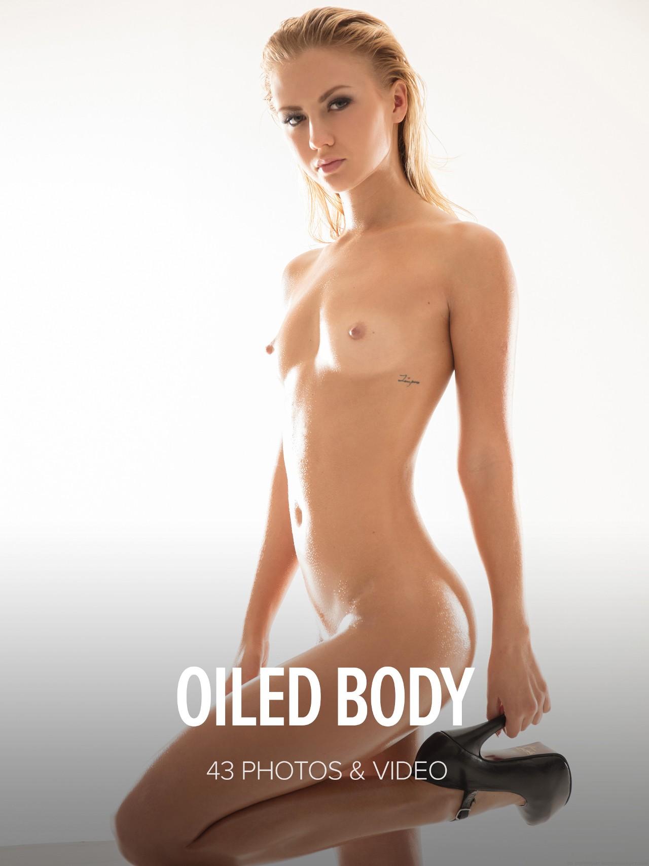 Jati: Oiled Body