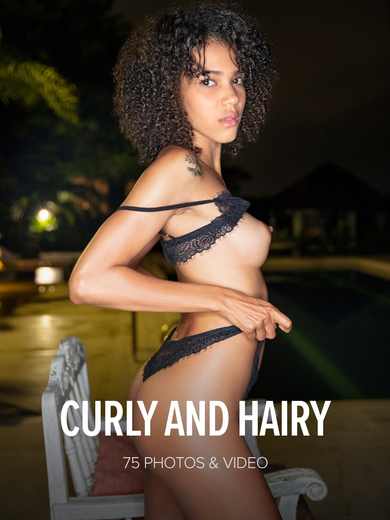 Abril: Curly And Hairy