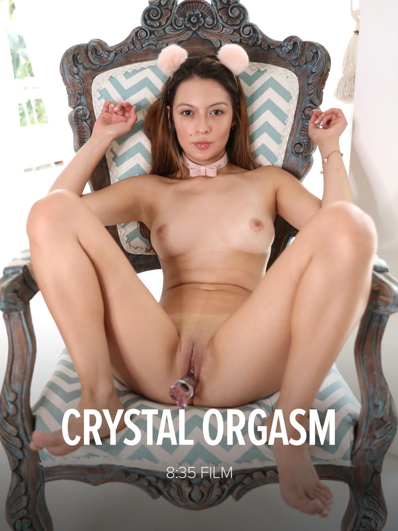 Abella Jade: Crystal Orgasm