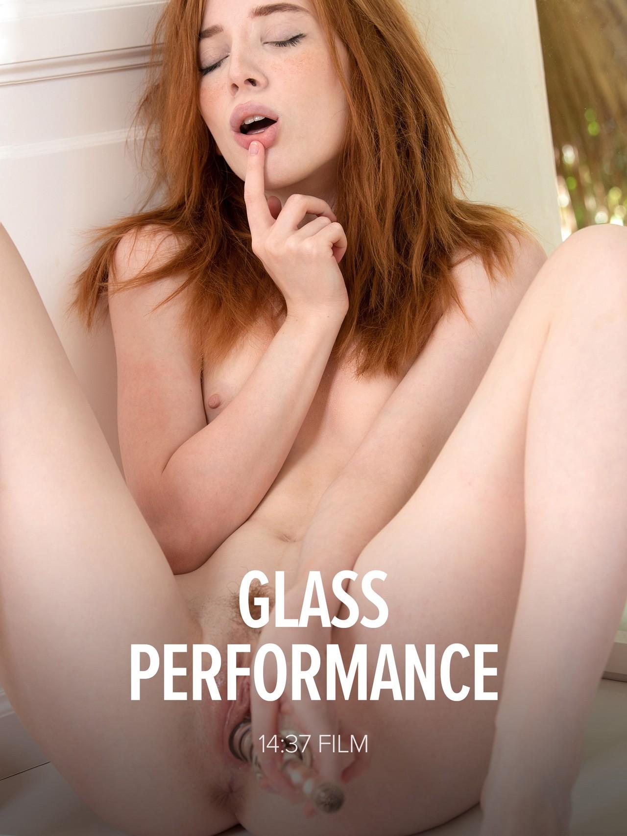 Lottie Magne: Glass Performance