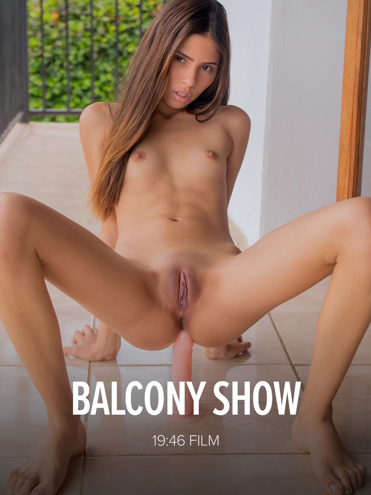 Mily Mendoza: Balcony Show