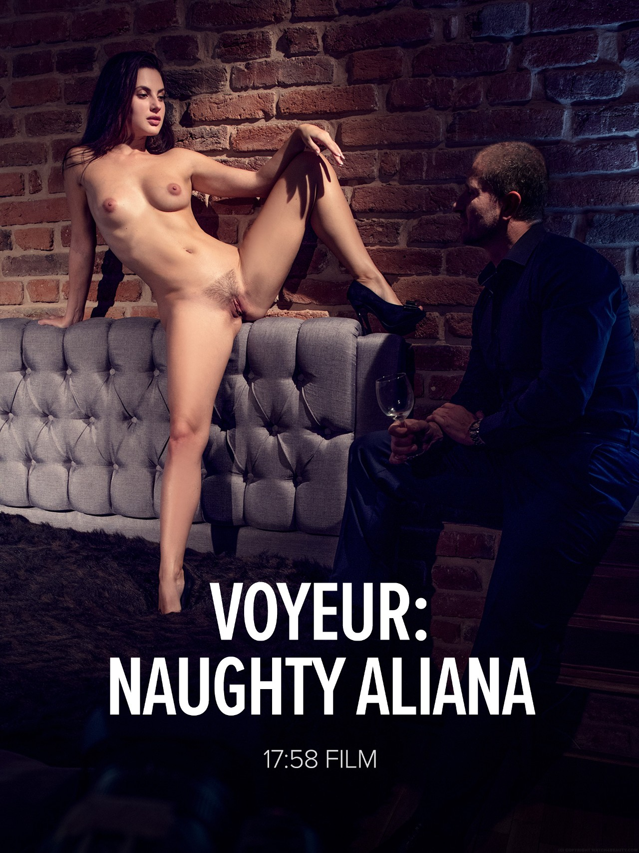 Aliana: Voyeur: Naughty Aliana